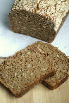 This no flour sourdough spelt bread is made from cracked rye. The bread is similar to German pumpernickel and made with sourdough starter. Spelt Recipes, Sourdough Recipes, Bread Recipes, German Recipes, Gf Recipes, Spelt Sourdough Bread, Sprouted Grain Bread, Whole Grain Foods, Whole Grain Bread