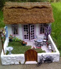 Shabby chic thatched guest house that genuinely looks lived-in -- occupant picks up after herself about as well as I do.