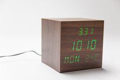 Relógio LED Verde Madeira   A Loja do Gato Preto   #alojadogatopreto   #shoponline
