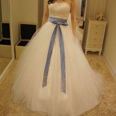 今流行りの#ふわふわドレス と#サッシュベルト の組み合わせ❤️❤️ 旦那さんに見せたら なんか安っぽい...と。 男にはわからないのかな、この可愛いさ(^_^;) #サテンリボン