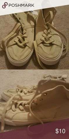 Old Navy ladies gold canvas hi-top sneakers size 7 brand new with tags, Old Navy gold canvas lace up sneakers. No flaws. size 7. Smoke-free home. Old Navy Shoes Sneakers