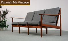 Reupholster cushions in cream leather? Mid Century Modern Sofa, Mid Century Sofa, Scandinavian Sofas, Danish Sofa, Mcm Furniture, Furniture Inspiration, Home Living Room, Teak, Mid-century Modern