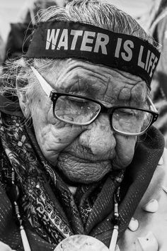 I don't know if this elderly, beautiful Cherokee woman, is a participant in the on-going Standing Rock struggle to save the   water and environment on Native land, but there must be sadness as well righteousness her soul. How many times has she seen the white man's government break its word?