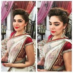 Samy Says: Pretty Gorgeous! #natashaali in today's morning show on #arydigital #samysays #followme #instamood #instagood #instafollow #instaeffects #instalike #instafashion #instafamous #instafame #glamour #style #fashionblogger #media #pakimodel #brands #designers #models #actors #artists #fashionista #fashion