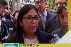 ¡HISTÉRICA! La pataleta de Delcy Rodríguez luego que la dejaran sola en reunión del Mercosur (+Video) - http://www.notiexpresscolor.com/2016/12/14/histerica-la-pataleta-de-delcy-rodriguez-luego-que-la-dejaran-sola-en-reunion-del-mercosur-video/