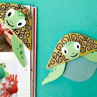 Easy turtle bookmark corner - adorable summer craft for kids
