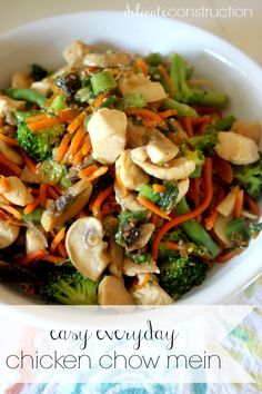Chicken Chow Mein, Chow Chow, Pasta Salad, Diet Recipes, Paleo, Veggies, Delicate, Construction, Dinner