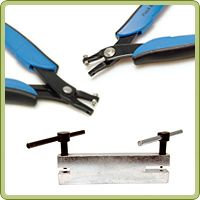 Need to put a hole in it?  This handy guide will help you pick the right tool for the job.  We cover hole punch pliers, screw down punch and power punch plier for hand stamped jewelry.