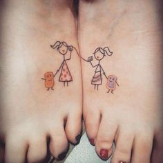 65 Epic Tattoo Designs For Women And Their Best Friends - Page 20 of 65 - Chic Hostess Cute Best Friend Tattoos, Cute Sister Tattoos, Matching Sister Tattoos, Bff Tattoos, Tattoos Skull, Couple Tattoos, Foot Tattoos, Tattoos For Friends, Thigh Tattoos