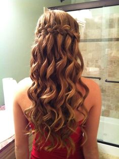 50 Waterfall Braid Inspirations You will Love, These 50 waterfall braids will add some romantic and feminine vibe into your looks. If you are looking for a sophisticated braid, then here you fou. Messy Bun With Braid, Braids For Short Hair, Short Hair Styles, Braided Buns, Messy Buns, Waterfall Twist, Waterfall Braids, Trending Hairstyles, Braided Hairstyles