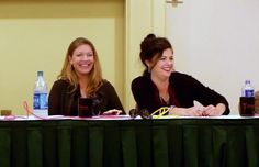 Sheryl Lee (Laura Palmer) and Sherilyn Fenn (Audrey Horne) at Crypticon