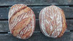 Tento chleba chutí zná jistě každý, a proto se nebojte do něj pustit. Při dodržení několika zásad budete jásat nad čerstvě upečeným domácím chlebem. Pesto, Food And Drink, Bread, Baking, Breads, Brot, Bakken, Backen, Buns