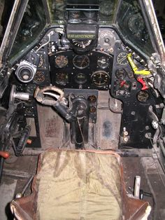 Ex-RCAF Mexican Vampire F Mk 3 cockpit De Havilland Vampire, Sci Fi, Aircraft, Racing, Model, Mexican, Running, Science Fiction, Aviation