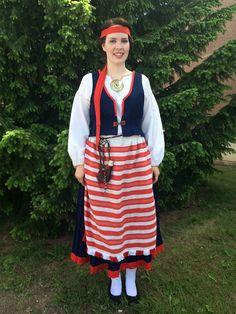 Folk Costume, Costumes, Traditional Outfits, Handicraft, Finland, History, Folk Art, Beauty, Crafts
