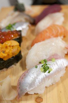 nigiri and gunkan - sushi hirose