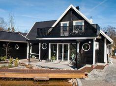 Bildresultat för svart hus
