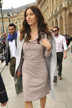 Jessica Biel In Paris 5 Girl Celebrities, Beautiful Celebrities, Beautiful Actresses, Celebs, Beautiful People, Beautiful Women, Jessica Biel, Jennifer Aniston Style, Jennifer Garner