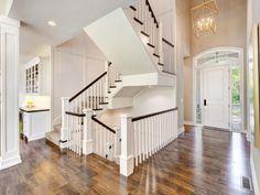 Entry & Staircases Photo Gallery | Custom Homes in Kansas City KS | Starr Homes