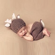 This is for both pieces the deer hat and pants with a tail. Perfect for newborn baby photo shoot, photo prop, and photography  Color may vary slightly. Fabric