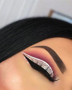 Eye Makeup Tips – How To Apply Eyeliner – Makeup Design Ideas Makeup Eye Looks, Cute Makeup, Smokey Eye Makeup, Glam Makeup, Gorgeous Makeup, Eyeshadow Makeup, Makeup Art, Makeup Brushes, Cut Crease Makeup