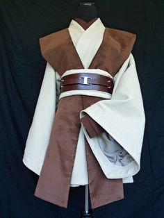 Star wars diy rey costume halloween costumes pinterest a beautiful jedi tunic solutioingenieria Choice Image