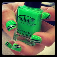 I love the color. I would so do that to my nails=]