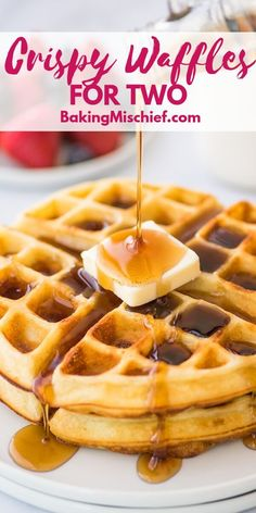 Vegan Pumpkin Waffles are full of pumpkin spice goodness and the perfect fall breakfast or brunch entree! Crispy on the outside and fluffy on the inside, these healthy vegan waffles are the perfect way to celebrate fall. Pancakes, Breakfast Waffles, Breakfast Items, Breakfast Dishes, Breakfast Recipes, Breakfast Enchiladas, Mexican Breakfast, Fall Breakfast, Pancake Recipes