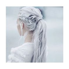 silver hair ❤ liked on Polyvore featuring hair, hairstyles and pictures