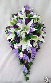 #Teardrop  #purple #bouquet ... #purple #wedding … Wedding #ideas for brides, grooms, parents & planners https://itunes.apple.com/us/app/the-gold-wedding-planner/id498112599?ls=1=8 … plus how to organise an entire wedding, within ANY budget ♥ The Gold Wedding Planner iPhone #App ♥ For more inspiration http://pinterest.com/groomsandbrides/boards/ #fuchsia #plum #indigo white flowers, gold weddings, wedding ideas, wedding bouquets, flower bouquets, purple flowers, purple wedding flowers, purple bouquets, bride groom