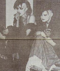 Trad Goth 1980's via blitzkids