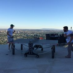 Have you ever played table tennis on top of a city? Dan Bilzerian has. Have you ever played table tennis on top of a city? Dan Bilzerian has. Dan Bilzerian Girls, How To Play Tennis, Air One, Entrepreneur, Tennis Clubs, Just For Men, Rich Life, Have You Ever, Playboy