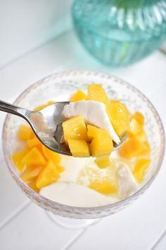 Jackfruit and Coconut Panna Cotta ⋆ SomeTyme Place Fig Recipes, Raspberry Recipes, Orange Recipes, Gourmet Recipes, Gourmet Foods, Ripe Jackfruit, Light Desserts, Asian Desserts, Kitchens
