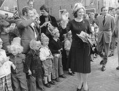 Koninklijk bezoek van prinses Beatrix en prins Claus aan Woudsend (40350)