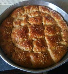 Απίθανη τυρόπιτα! Τέλεια ψημένη και λαχταριστή! Pie Recipes, Apple Pie, Cake, Breads, Desserts, Greek, Brot, Bread Rolls, Tailgate Desserts