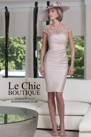 John Charles Dress 25847 in Blush (Matching Jacket Available) Mother Of Bride Outfits, Mother Of Groom Dresses, Mothers Dresses, Mother Of The Bride, Mother Bride Dress, Glamorous Dresses, Beautiful Dresses, Vestidos Mob, Wedding Attire