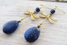 Orecchini libellule dorate e gocce di lapislazzuli blu, gioielli art nouveau