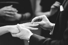 Professional Wedding Photography, Wedding Photography Styles, Couple Photography Poses, Girl Photography, Engagement Couple, Engagement Pictures, Wedding Pictures, Wedding Engagement, Islam Marriage