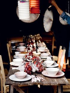 From the book Every day counts, IKEA. by Lokal Ikea Arv, Crawfish Party, Fiesta Party, Fresco, Party Planning, A Table, Tablescapes, Party Time, Table Settings