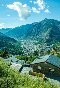 Andorra La Vella by Doris Xiaoting Liu on 500px