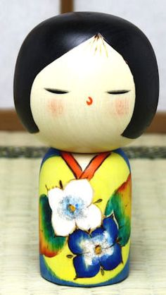 Kokeshi - Not fond her Kimono but love her hair and face.