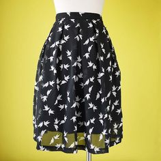 Plus size skirt bird print pleated pigeon in black chiffon elasticated  waist fully lined - LARGE c8a5c0f28