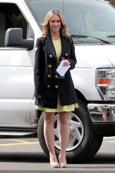 Jennifer Love Hewitt On the Sets of 'The Client List' in LA on March 25, 2013