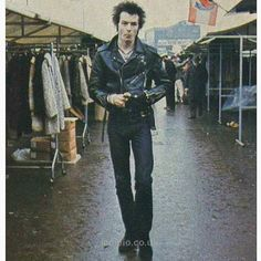 Download every Sex Pistols track @ http://www.iomoio.co.uk
