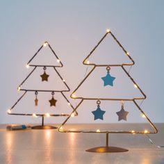 Árbol de Navidad con Estrellas (10 LED) - 470