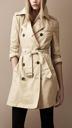 iconic Burberry trench coat that i've wanted for years. one day it shall be mine.