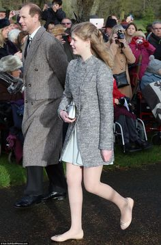 dailymail:  Christmas Morning Service, St Mary Magdalene Church, December 25, 2016-Earl of Wessex and Lady Louise