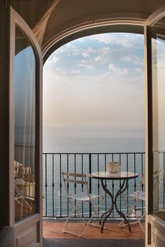 Travel Guide to Praiano, Amalfi Coast Where to stay, eat and play.You can find Amalfi coast and more on our website.Travel Guide to Praiano, Amalfi Coast. Foto Picture, Long Time Friends, Window View, Places To Travel, Places To Go, Travel Destinations, Travel Aesthetic, Water Aesthetic, Aesthetic Indie