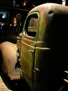 Green and rusted vintage truck