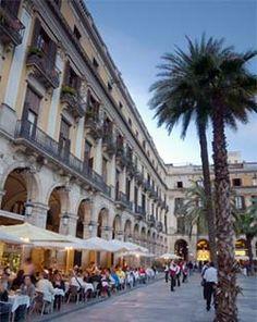 Plaça Reial (Barcelona, Spain)