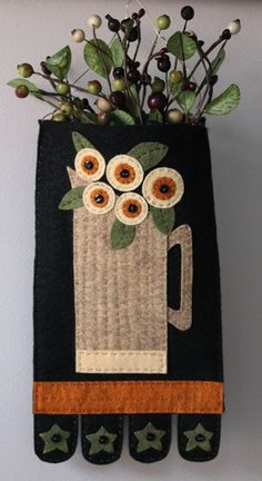 """Penny Pitcher"" Wool Applique Pocket FREE Tutorial"